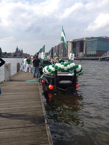 Ballonslinger 6m Rotterdamboot Gaypride 2012