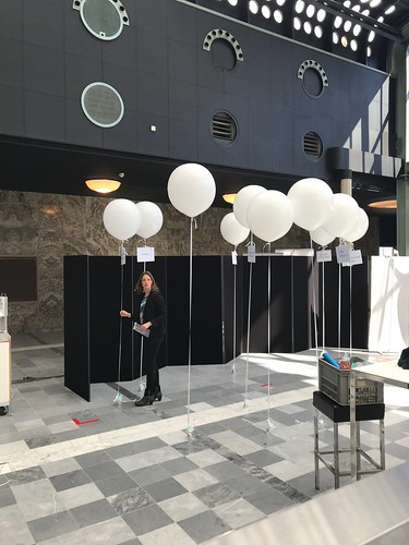 Cloudbuster Rond 60cm Postillion Convention Centre Wtc Rotterdam