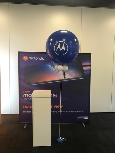 Cloudbuster Rond Bedrukt Lancering Motorola One Vision In De Rotterdam Te Rotterdam