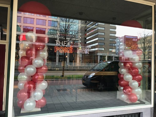 Ballonpilaar Breed Rond Opening Poke Box Weena Rotterdam