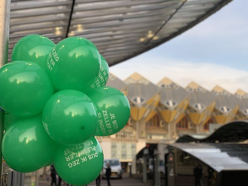 Ballontoef Kubuswoningen Blaak Rotterdam Rotterdamse Ballonnen