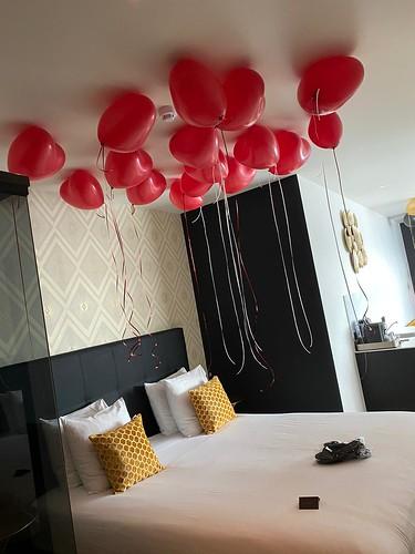 Heliumballonnen Hartballonnen Huwelijksaanzoek The James Hotel Rotterdam